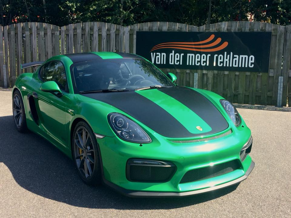 full car wrap Porsche Gt4